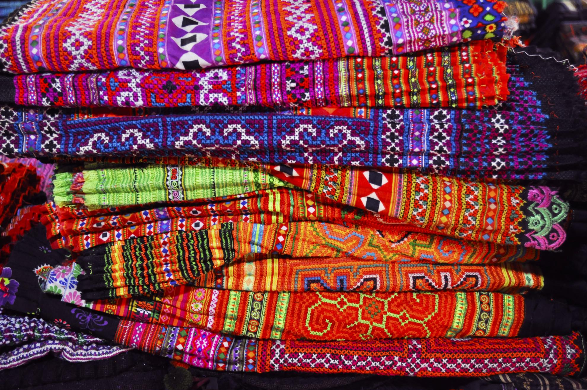 hmong embrodery 3