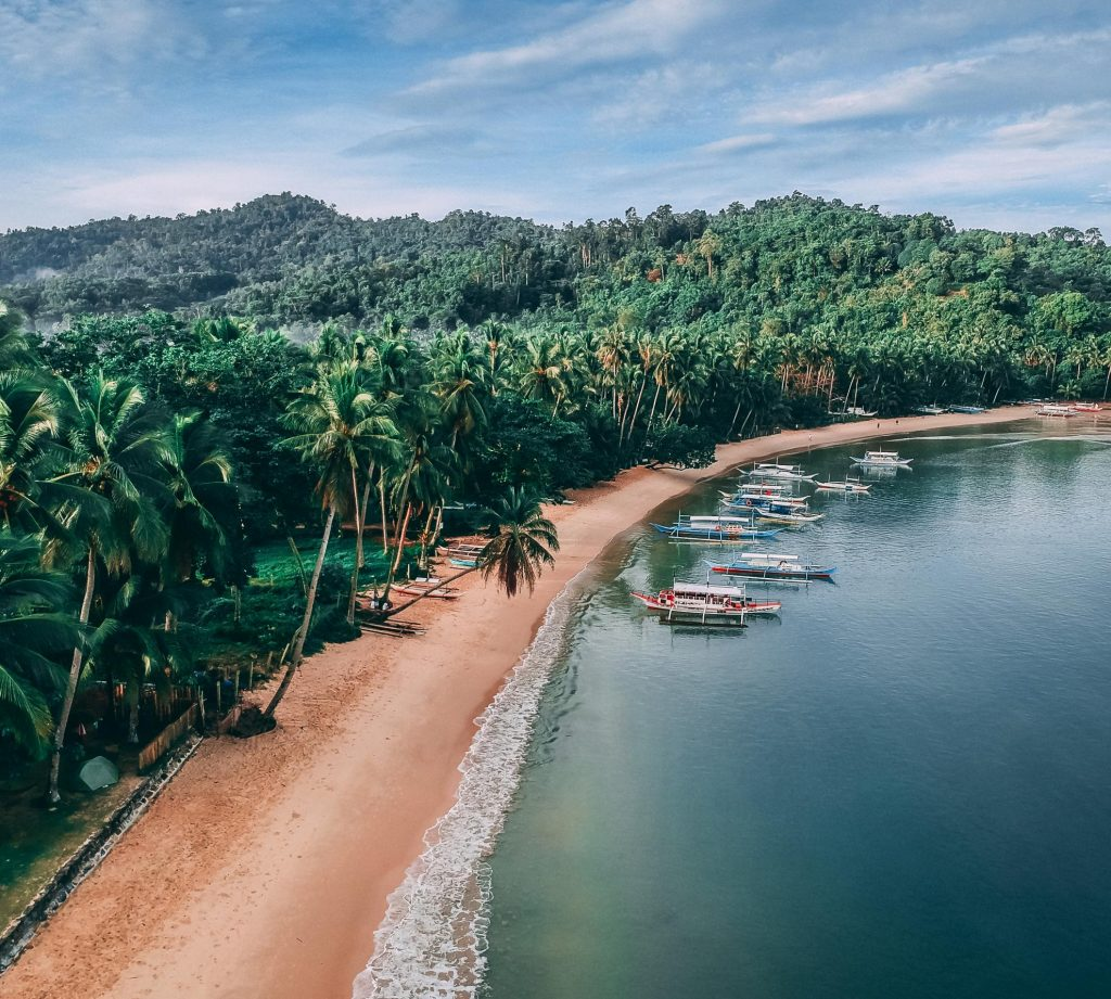White beach, turquoise water palawan, philippines