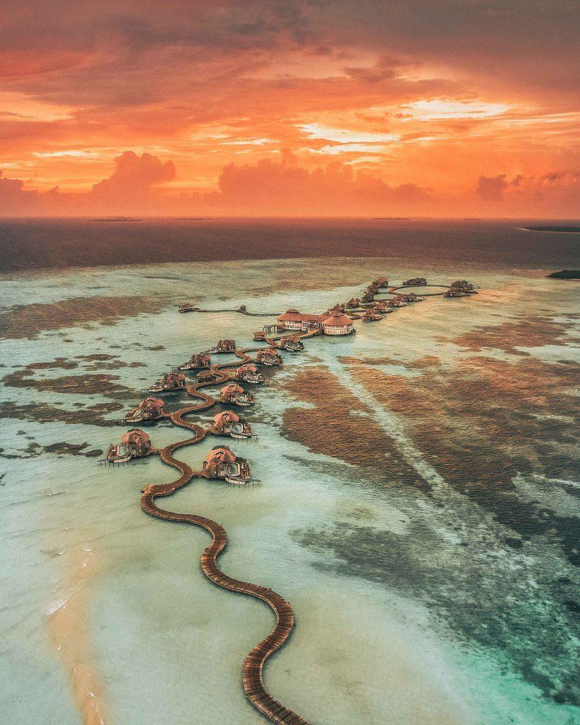 poza cu drona deasupra soneva fushi din maldive