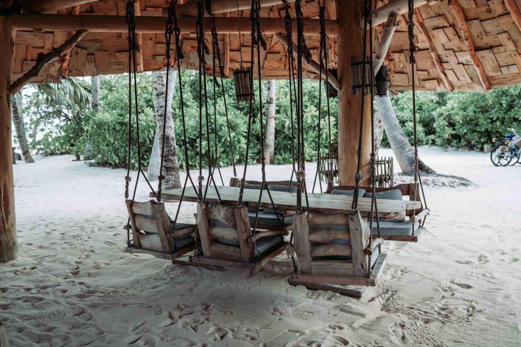 restaurant pe malul oceanului indian in soneva jani maldive