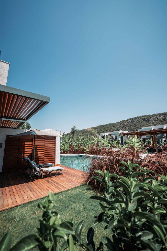 piscina exteriora a hotelului hilton din turcia